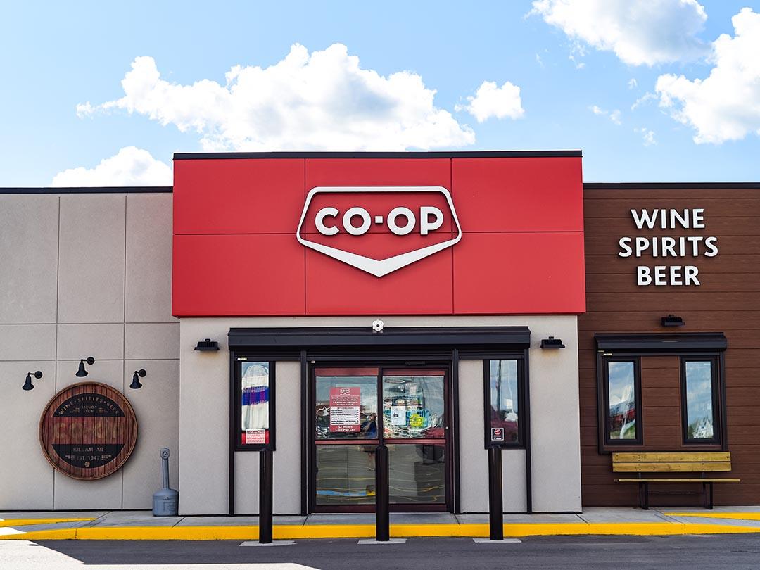 Co-Op Liquor Store 02